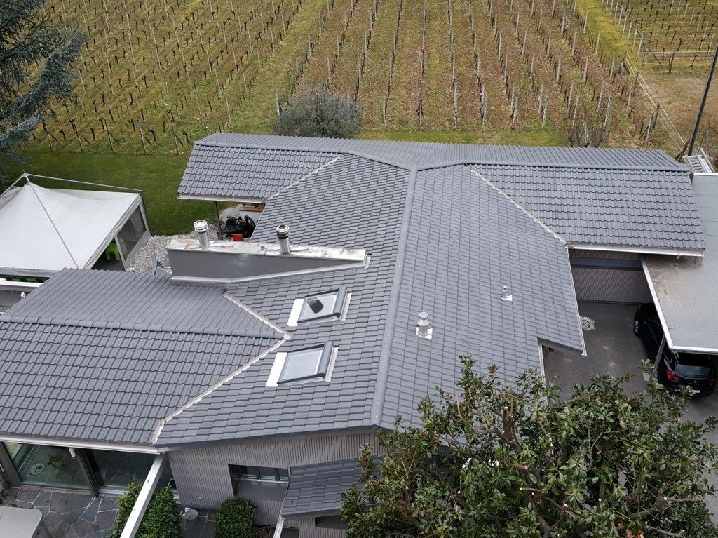 Risanamento e copertura tetti a spiovente - dopo | RISI Carpenteria SA - Ticino