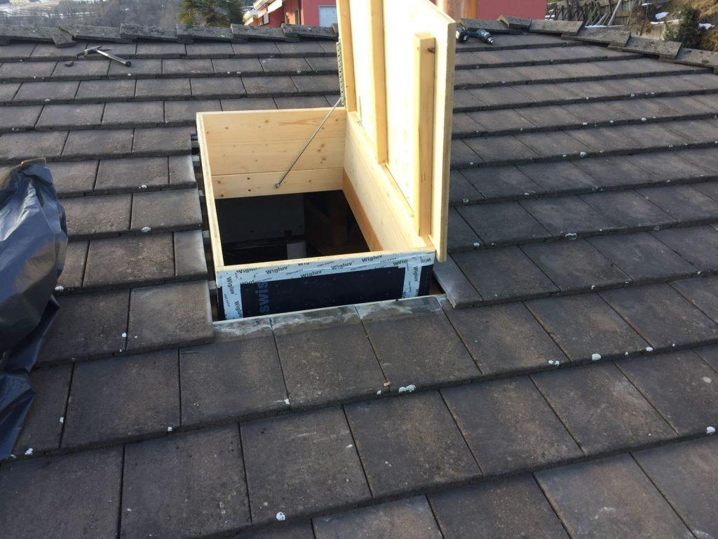2 - Inserimento botole su misura nel tetto | RISI Carpenteria SA - Canton Ticino