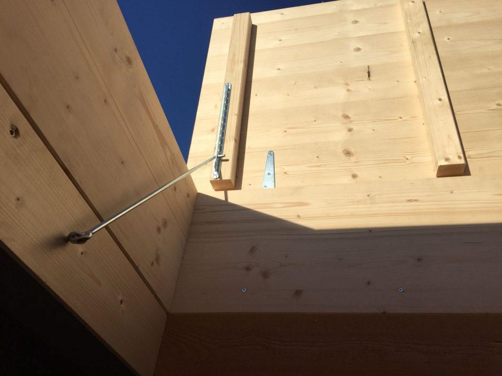 Inserimento botole su misura nel tetto | RISI Carpenteria SA - Canton Ticino