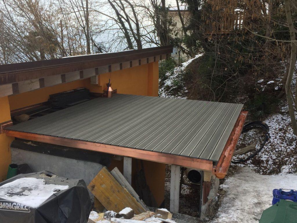 tetto piano con pavimentazione in WPC