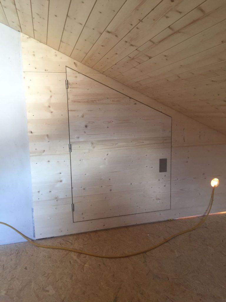 - Risanamento solaio, isolazioni termiche, rivestimenti di pavimenti, pareti e soffitti a Biasca