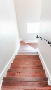 scala-in-legno-interna-per-casa